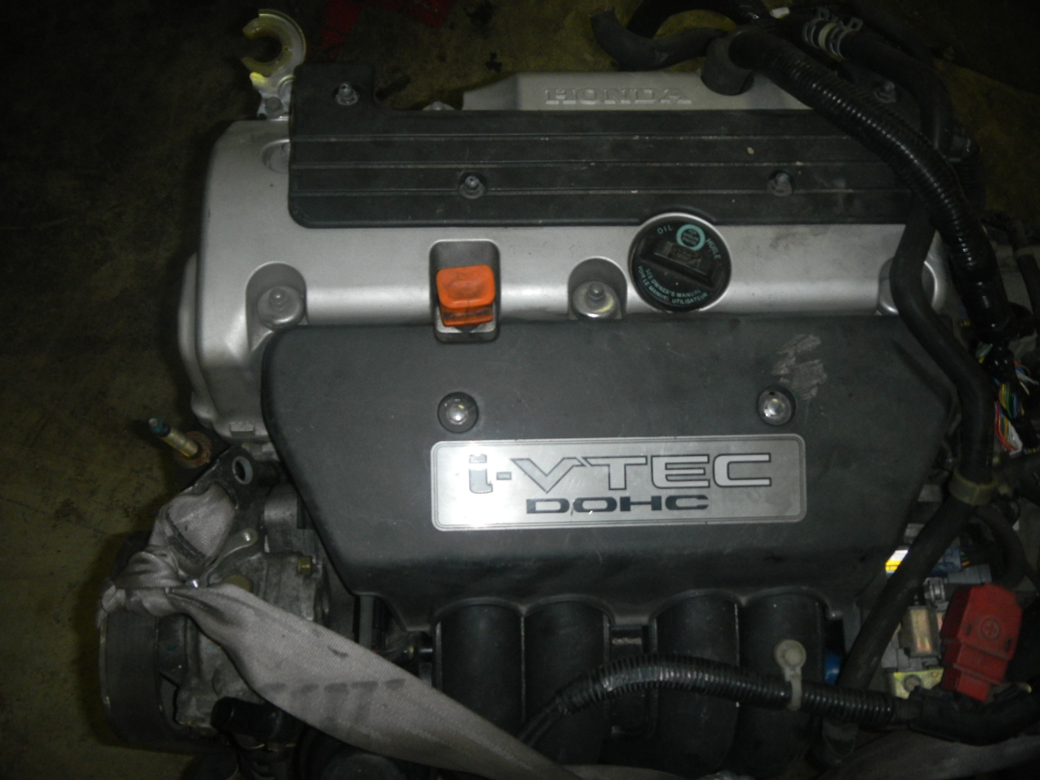 Schrader Valve together with Injector Discharge also Dscn furthermore Img in addition Citycoolgris. on 2005 honda civic fuel rail